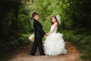 Заключение брака между несовершеннолетними