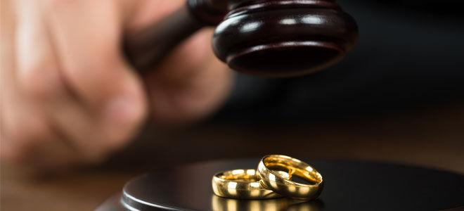 Развод через суд и требования к расторжению брака