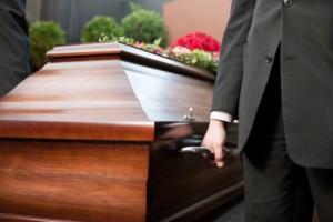 Куда деть документы умершего человека