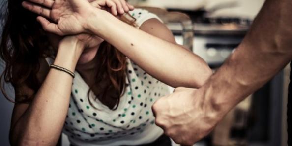 Что делать если муж бьет жену: советы психолога