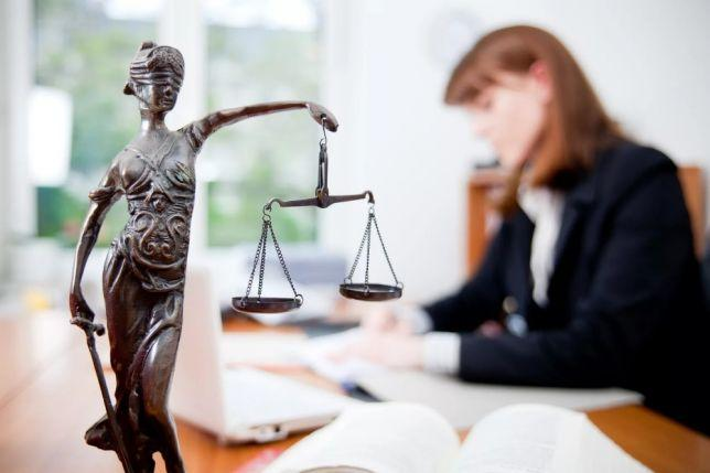 Расторжение брака и взыскание алиментов: как подать исковое заявление на развод, чтобы взыскать алиментные выплаты по решению суда