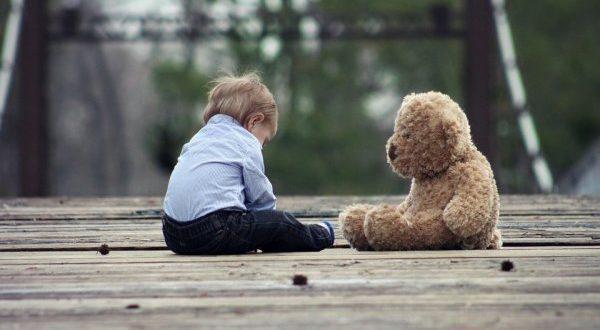 Отказ от опекунства: недееспособного, несовершеннолетнего, над пожилым человеком, над ребенком