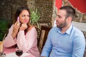 Что делать, если муж хочет развестись, а я нет: советы психолога. Если муж подал заявление на развод: расторжение брака в суде без согласия жены