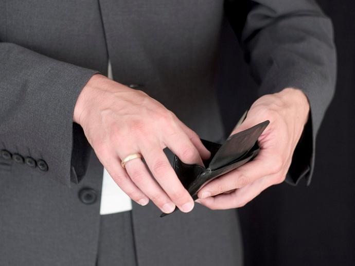 Бывший супруг укрывается от уплаты алиментов Как доказать что у него большой доход