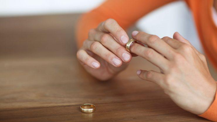 Могут ли в суде отменить алименты на жену
