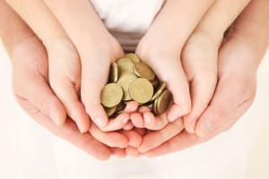 С какого момента начисляются алименты на ребенка: с какого дня, момента выплачиваются алименты