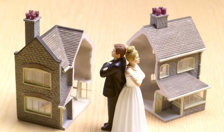 Квартира в долевой собственности супругов при разводе