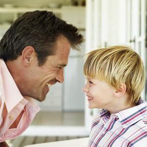 С кем остается ребенок при разводе родителей по закону РФ, если мать не работает?